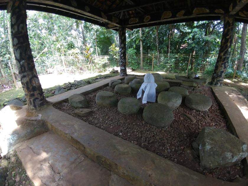 Situs Batu Goong